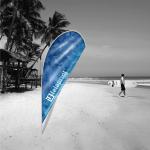 Bandeira gota pequena praia.